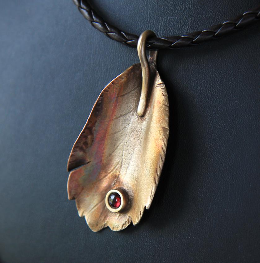 bronze leaf2 m